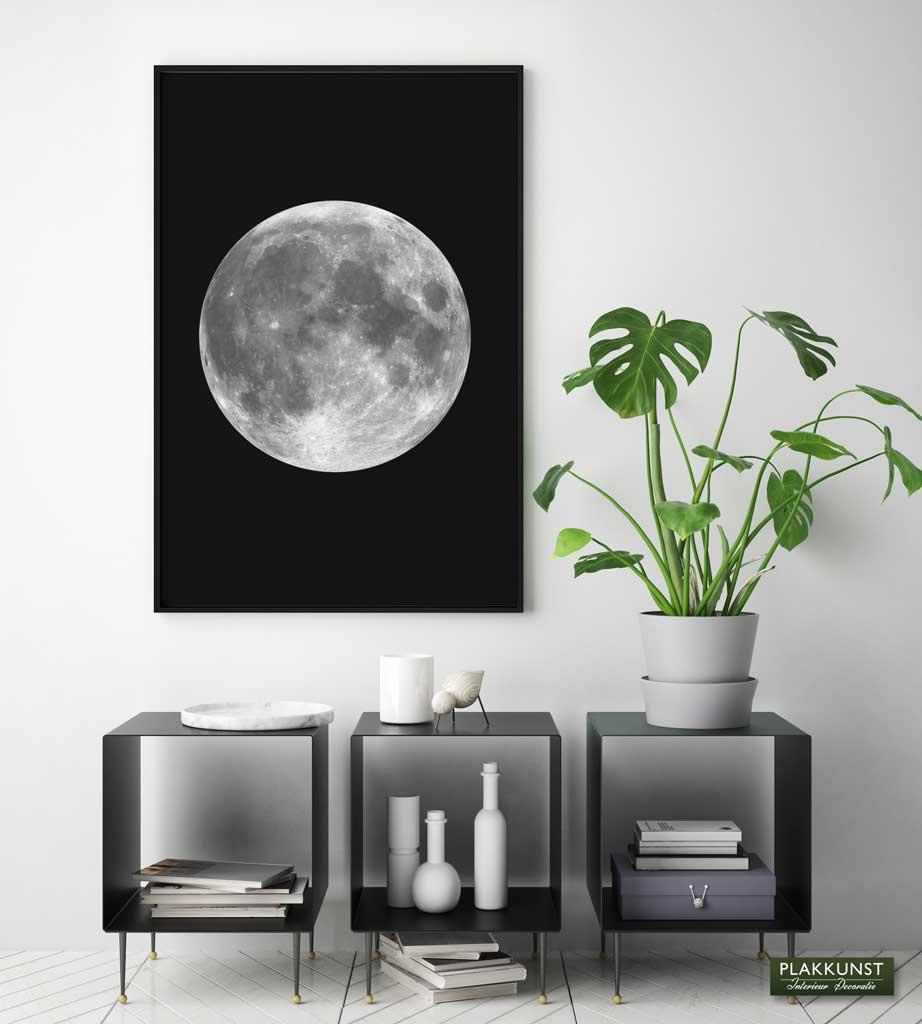 poster moon 2