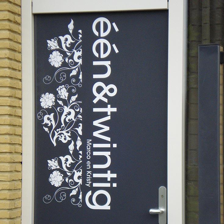 Voordeursticker-review-bloemen-marco-kristy.jpg