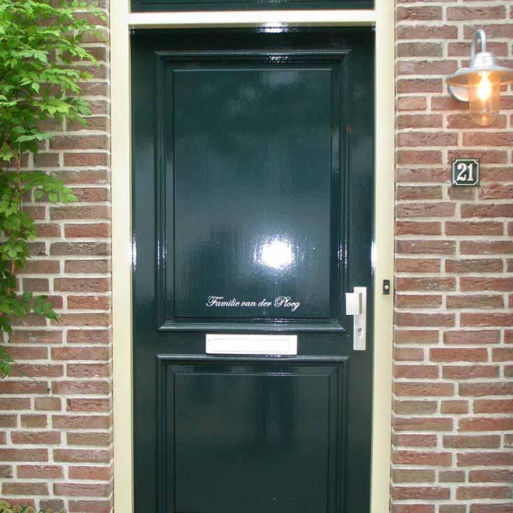 Voordeursticker-review-klassiek-familie-Van-Der-Ploeg.jpg